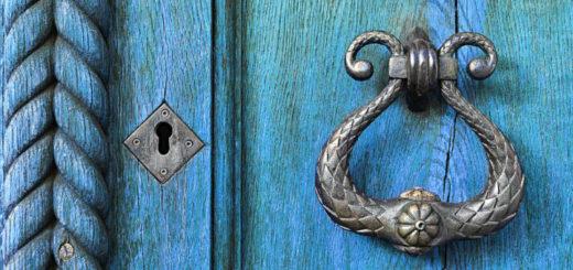 Cerradura antigua decorativa